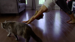 yoga-with-pet