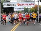 Nutrience-Oakville-Half-Marathon-10k-start-line