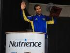 Nutrience-Oakville-Half-Marathon-male-winner-trophy